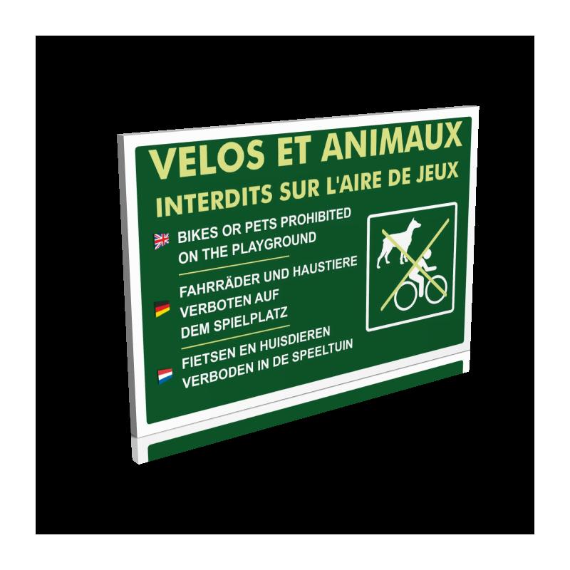 Vélos et animaux interdits sur l'aire de jeux
