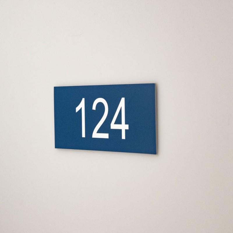 Numéro en gravure