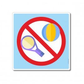 Jeux de balles interdits...